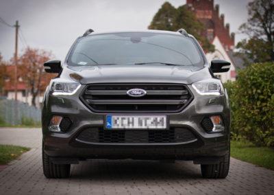 Ford Kuga – pakiet zabezpieczenia MaxProtect + folia ochronna nalampy